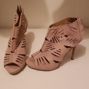 [Bundle & Save] Fun tan heels